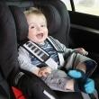 Comment mettre un siège auto à l'arrière : on vous guide