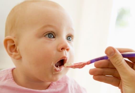 voici mon avis et un comparateur complet sur la cuillere bebe